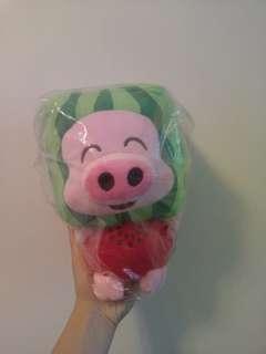 西瓜造型 麥兜豬 公仔