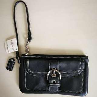 930a823cd5ac france coach wristlet price singapore e782b b64d2  get coach wristlet black  authentic never used 20562 a875d