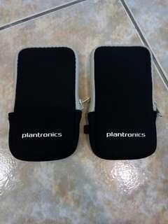 🚚 代售 Plantronics運動收納小袋 2款 各2個