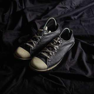 Converse Slim Leather