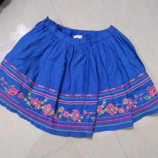Wear the love skirt