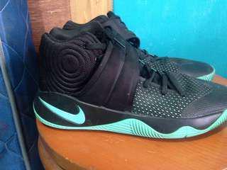 Basketball shoe kyrie irving 2 TURUN HARGA