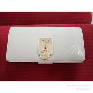Repriced! Authentic Guess wallet! Sale and repriced! from 3800 to 1500