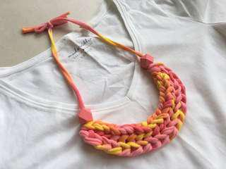 🚚 Handmade fabric necklace, t-shirt yarn necklace, braided necklace
