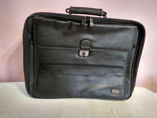 Samsonite Flaux Leather Sling Briefcase