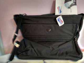 American Tourister Black Labtop Sling Bag (New With Tag)