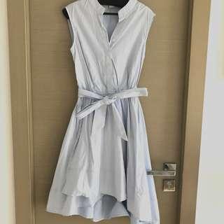 粉藍白間斯文裙