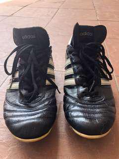 Adidas football boots copa mundial