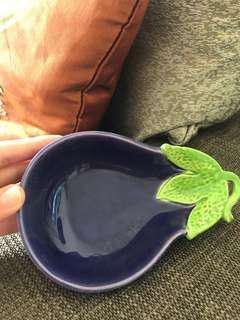 Cute Ceramic Trinket Holder (Brinjal/Eggplant)