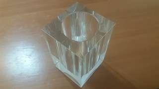 出售全新水晶玻璃筆桶