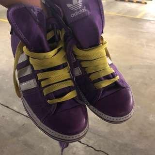 Adidas Ladies Size 7 Runners