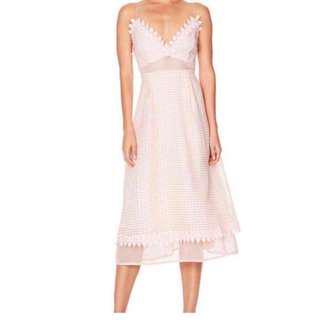 Renting Talulah Beautiful lie dress