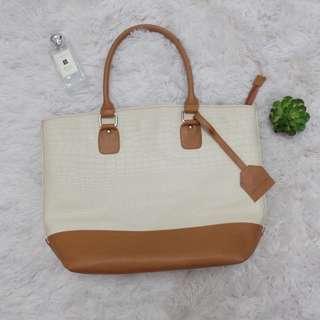 Cream & Tan shoulder bag