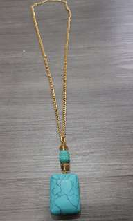 Long turquois necklace