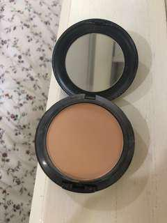 MAC NW30 studio fix powder •