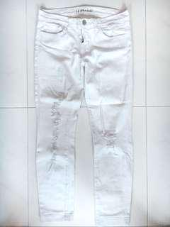 White Ripped Skinny Jeans (PRICE REDUCED)