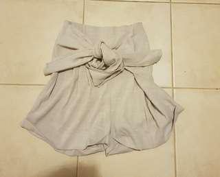 Paper bag shorts size 8 showpo princess polly beginning boutique