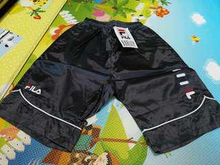 全新深灰色Fila 短褲, s size