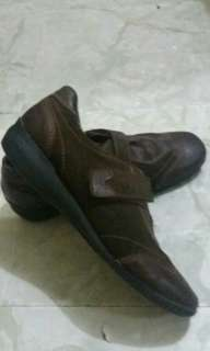 Size 38 Brown Shoes