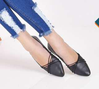 Bebie flat shoes black