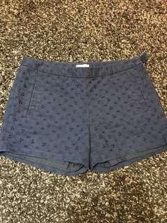 Short celana pendek