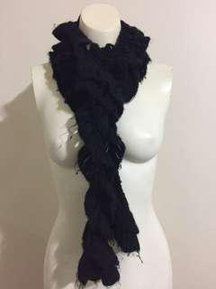 Events Scarf Black Knitted