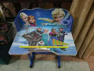 Frozen table set