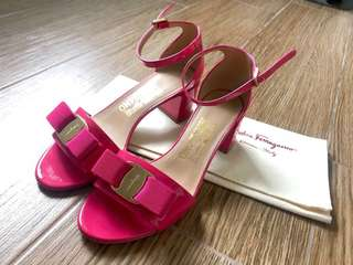 Salvatore Ferragamo Sandals(price down)
