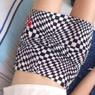 GUESS CHECKERBOARD BLACK & WHITE MINI SKIRT