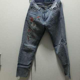 Embroidery Flower Jeans