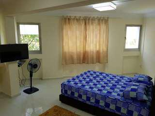 3MIN Sheltered Walk to MRT,Spacious,Newly Renovated,Aircon,Wifi & Utilities incl - Woodlands Common Room