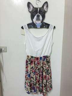 🚚 花朵縮腰雪紡洋裝