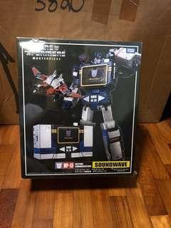 Takara Transformers MP-13 Soundwave