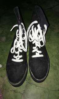 Forever21 platform midi cut boots