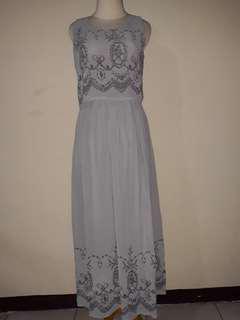 Long dress pakaian wanita warna abu-abu