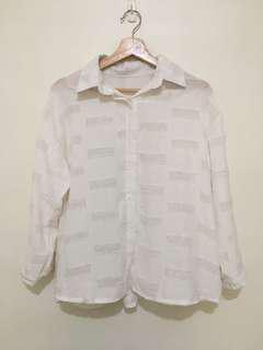 🚚 羽毛刷感白襯衫