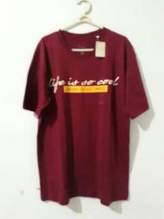 T-Shirt Unisex Maroon