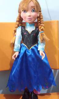 Disney Official Released Collectibles (Princess Anna of Frozen)