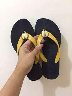 AUTHENTIC JUICY COUTURE SLIPPERS