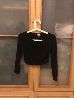 H&M 🇺🇸 cropped top long black sleeves