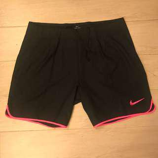 100% new Nike Tennis shorts slim cut size L large