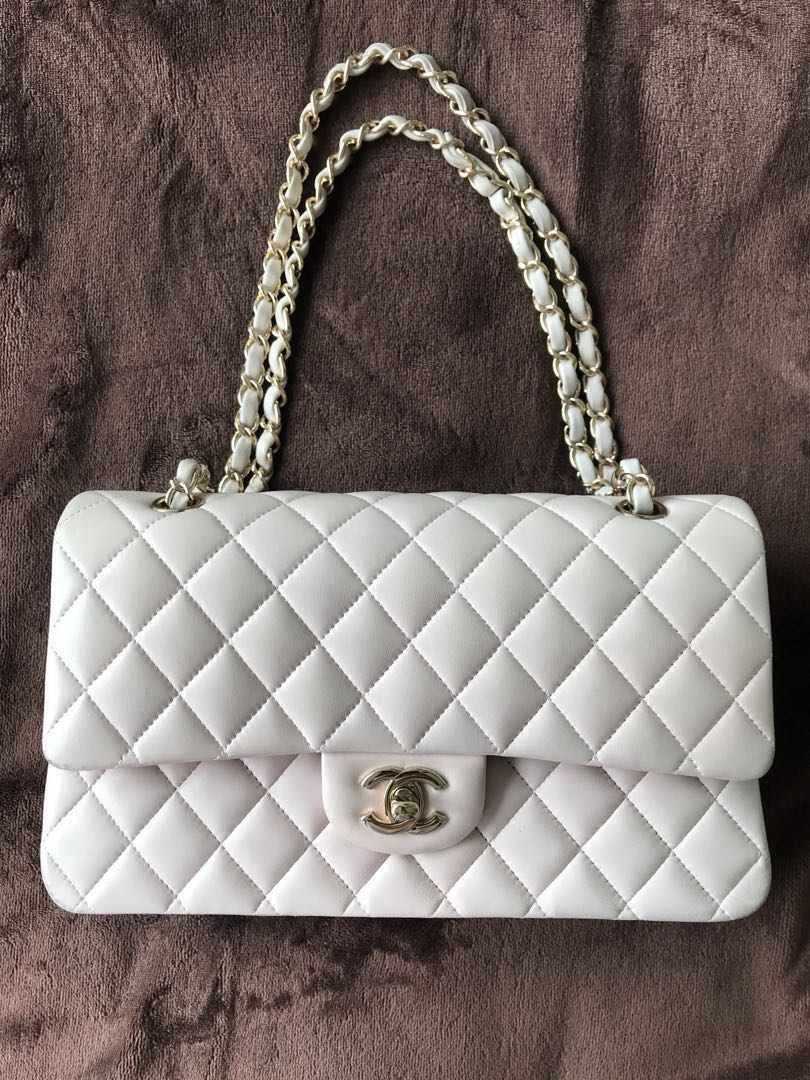 f1ec37dd7b62 Chanel medium Baby pink with champagne gold hardware RARE. Final sale  price!!!, Luxury, Bags & Wallets, Handbags on Carousell