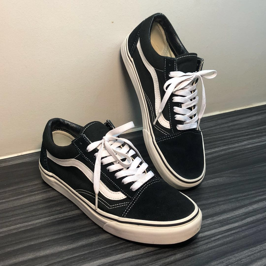 68c73b8b4add Classic Vans Old Skool