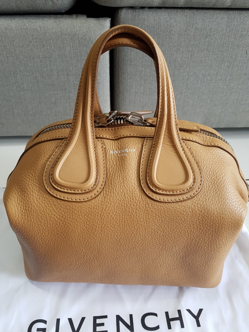 16181f132a6d  sold  Givenchy Nightingale