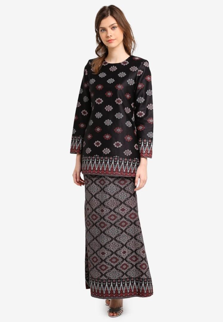 Humaira short cotton satin modern kurung with songket print butik sireh  pinang muslimah fashion two piece b235e2b0e4