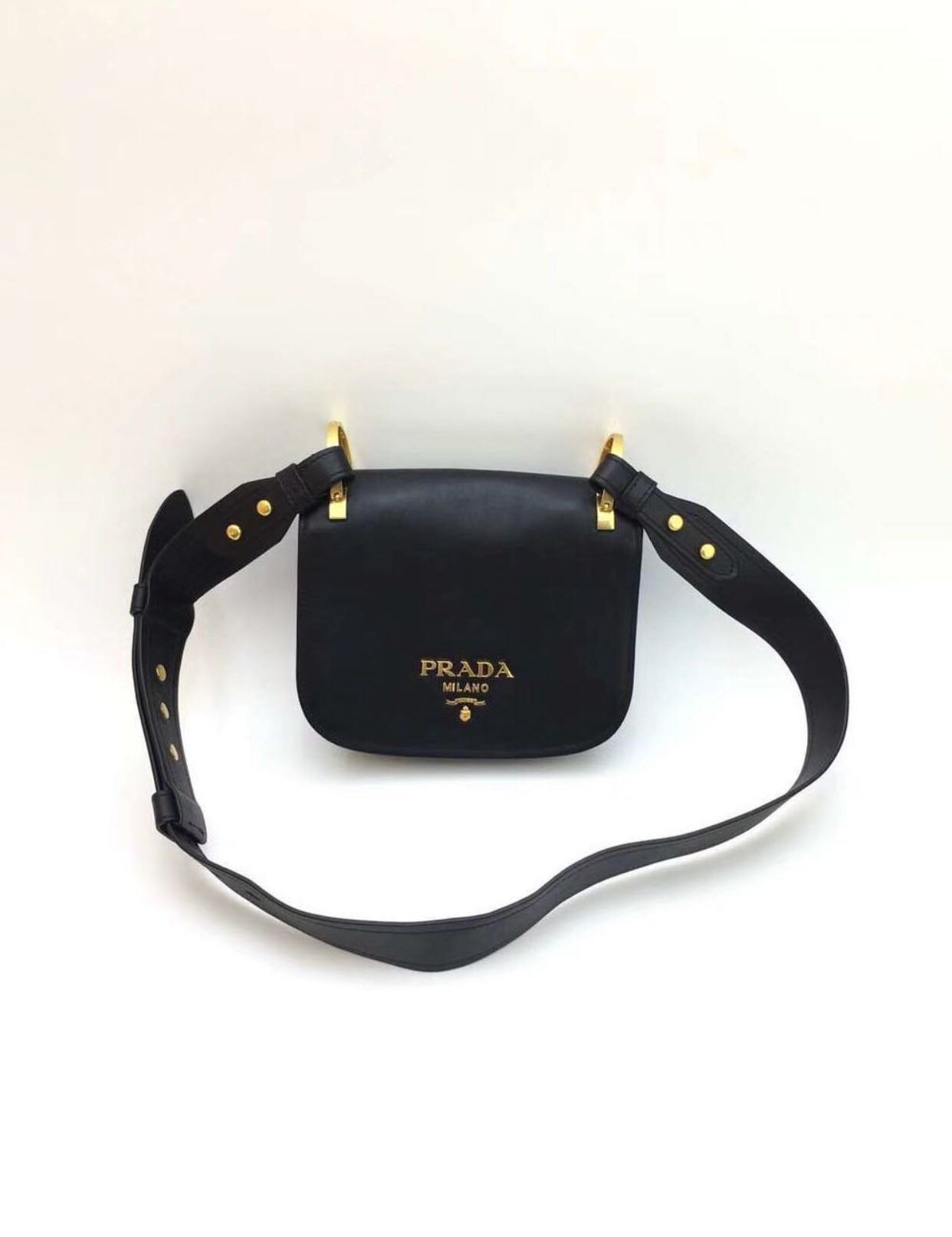 f06176f37efc Prada bag [SALE], Luxury, Bags & Wallets, Handbags on Carousell