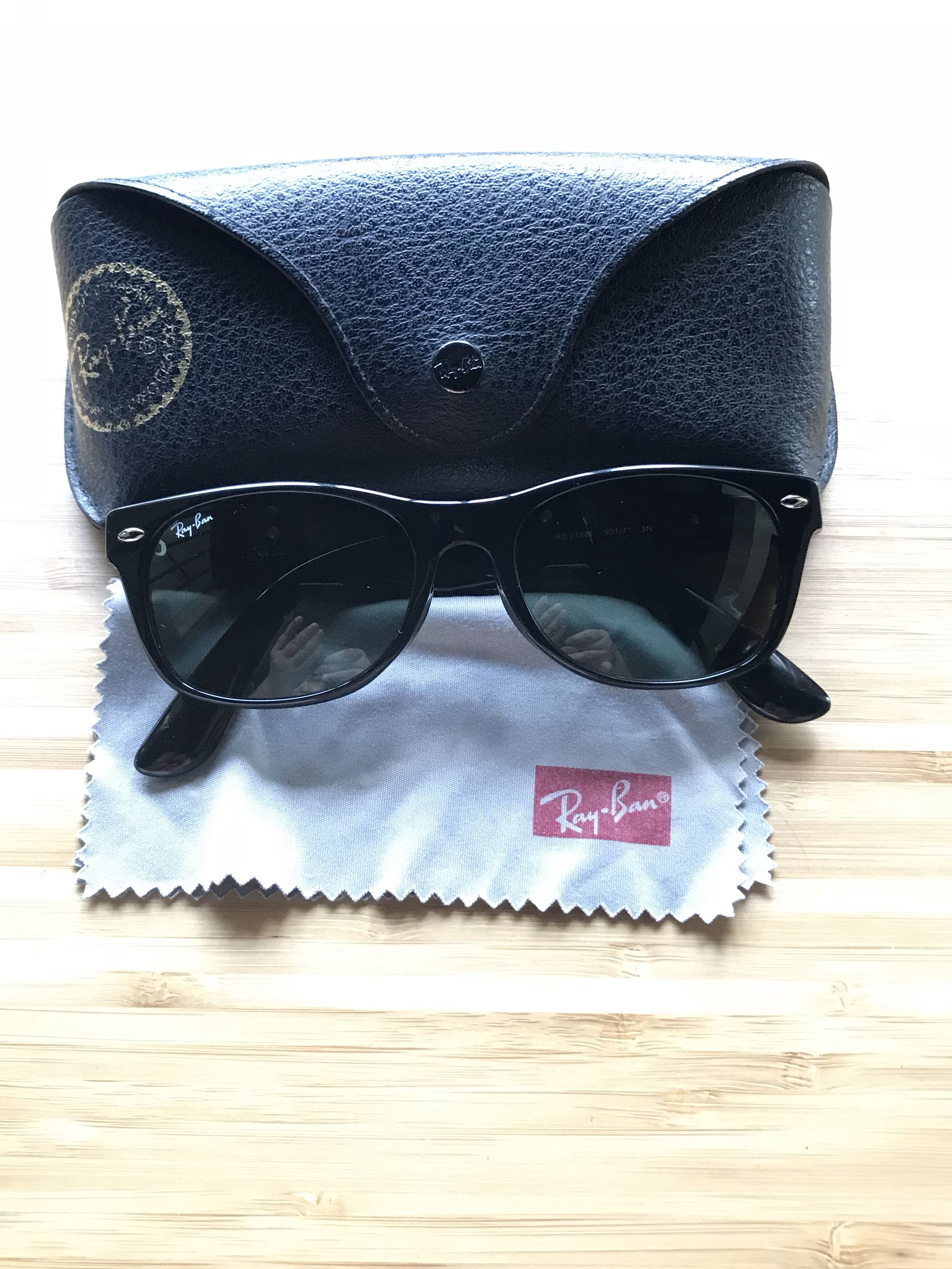 Rayban Wayfarer, Women s Fashion, Accessories, Eyewear   Sunglasses on  Carousell 0754b0b0c6