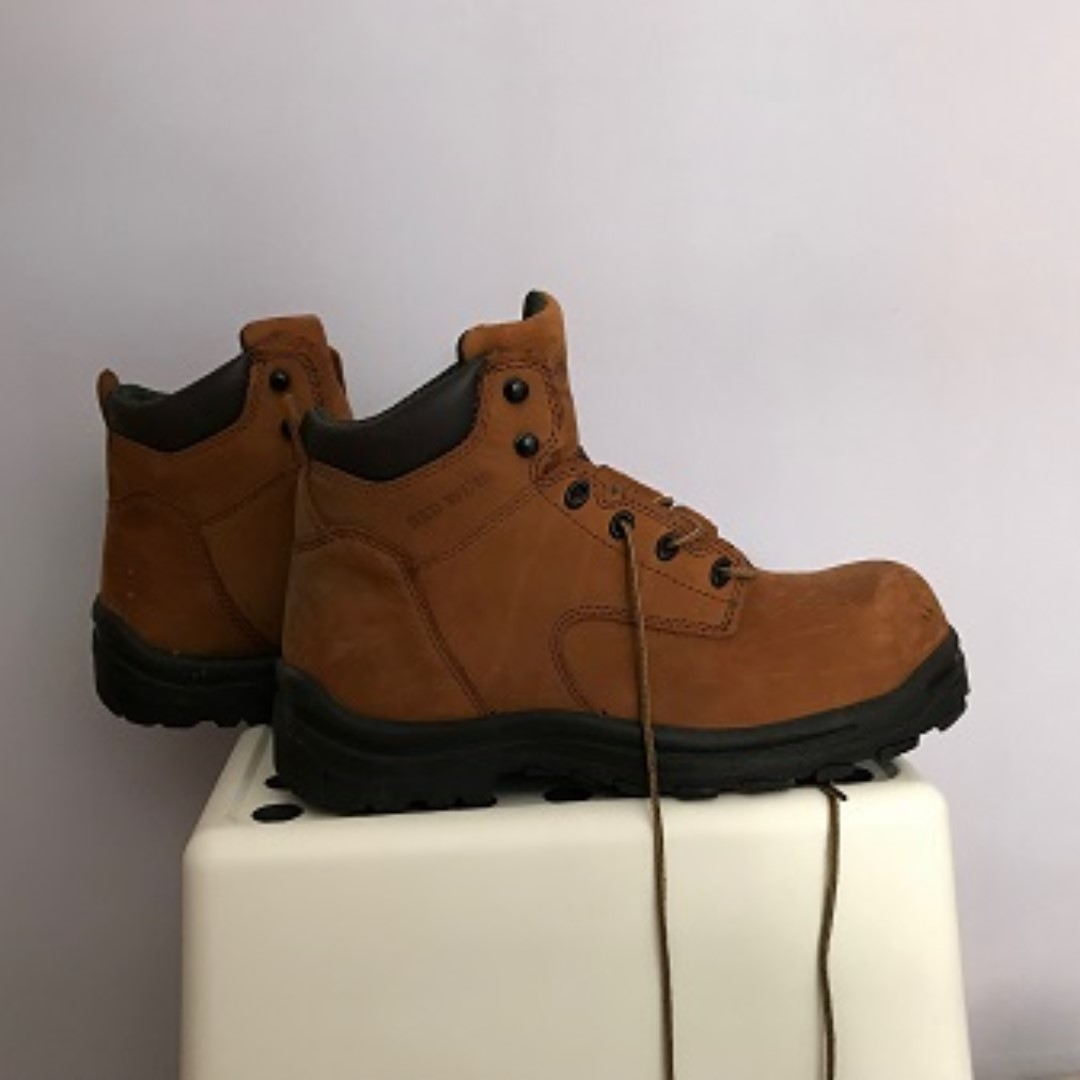 d1f36cd111a Red Wings Safety Shoes (size EN=44 / UK=10 / CM=29)