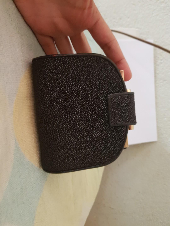 Stingray bifold wallet
