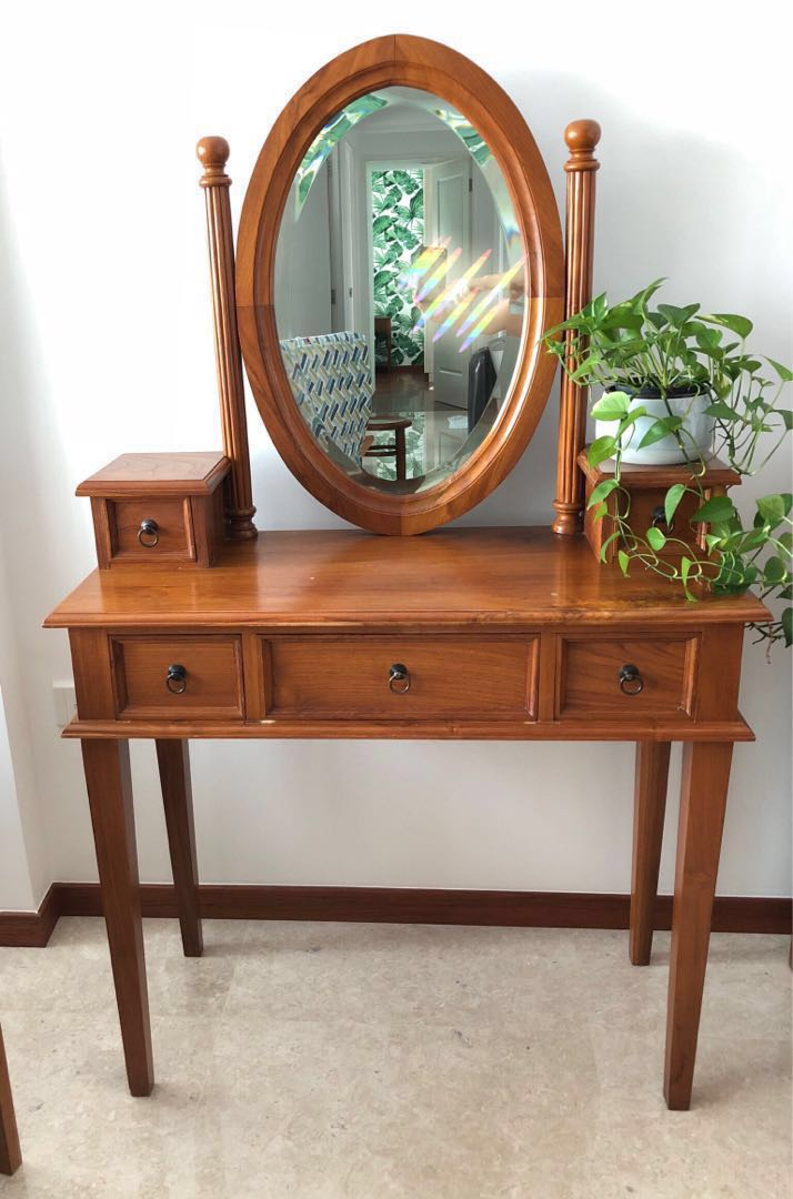 Teakwood Dressing Table Furniture Tables Chairs On Carousell